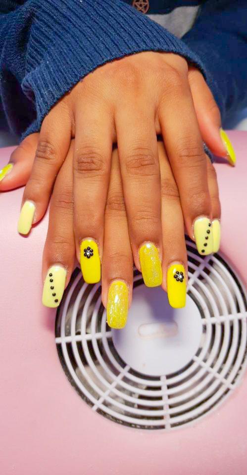 Nägel gelb designw